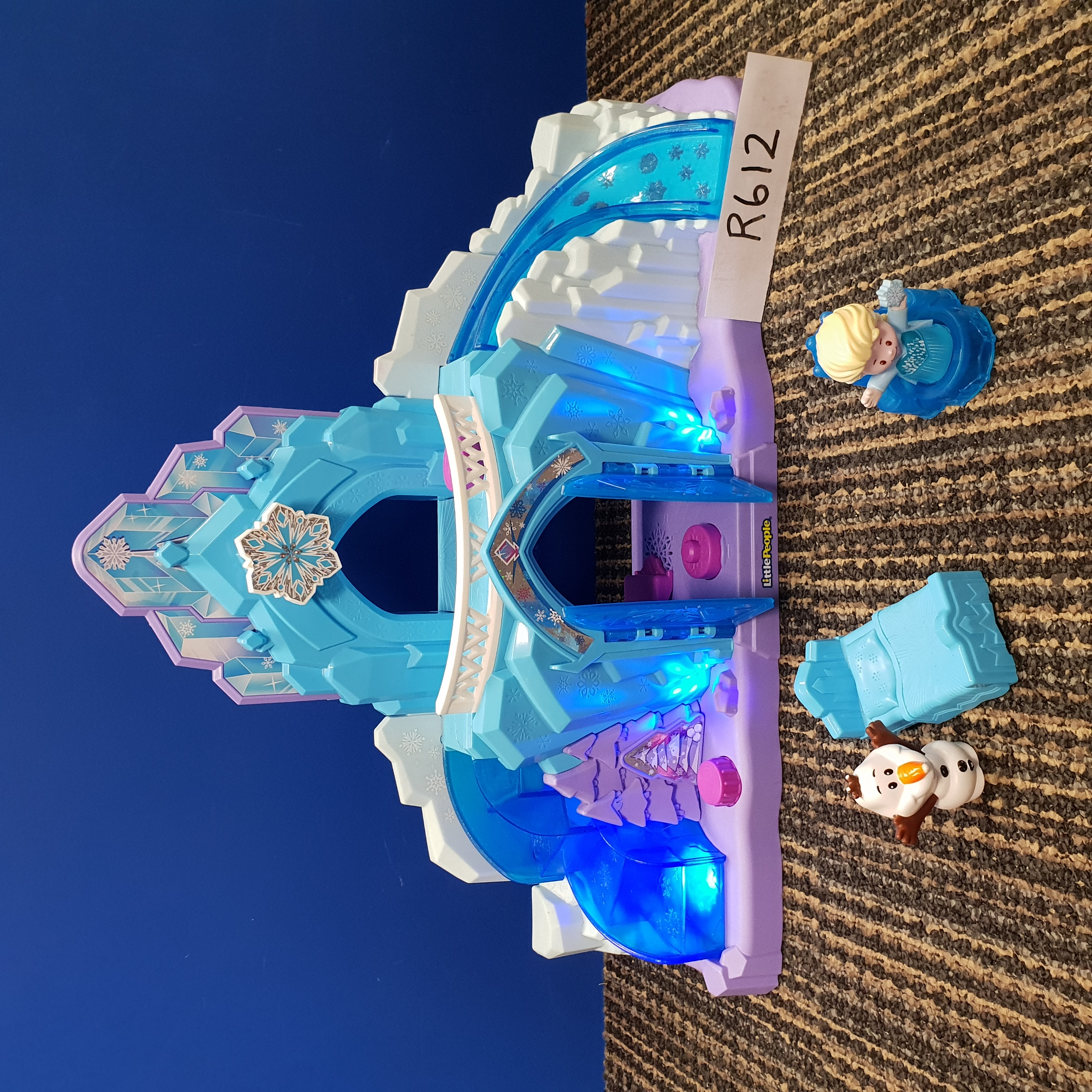 Little People - Disney Frozen Elsa`s Ice Palace With Lights & Sound photo